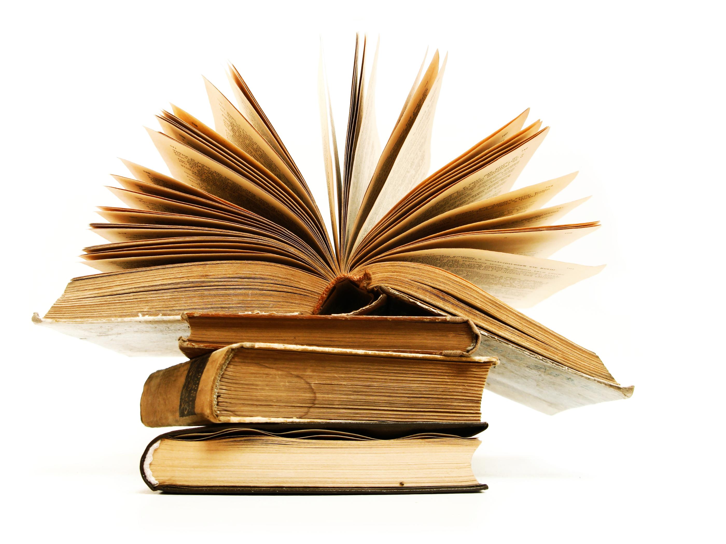 ספר פתוח - ביקורת ספרים באנגלית